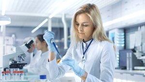 Tarkkanäköinen elinkeinopolitiikka ja houkuttelevan tutkimusympäristön rakentaminen ovat taanneet lääketeollisuuden työpaikkojen vakauden