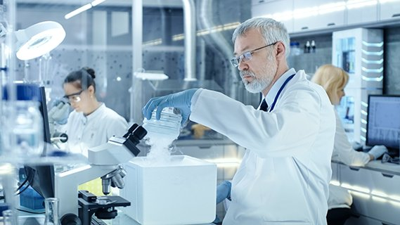 Tutkimuksen ja osaamiskeskusten rahoitus varmistettava